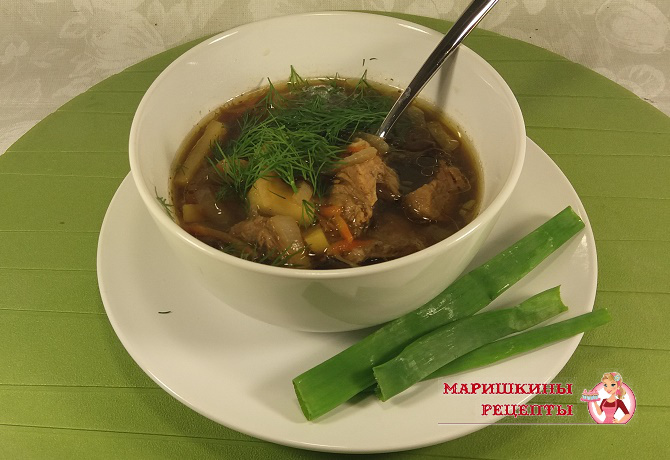 Суп с лесными грибами на говяжьем бульоне