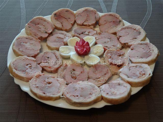 Рулет из курицы и свинины