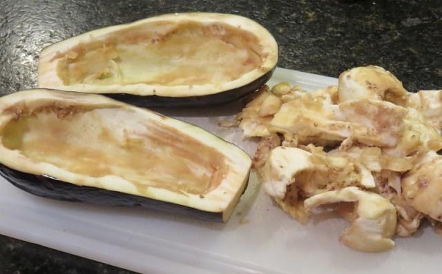 Фаршированные баклажаны с сыром в духовке