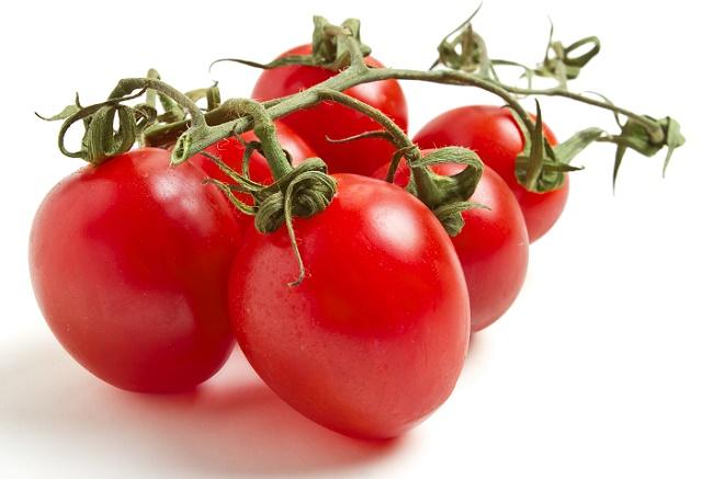 Запеченные помидоры фаршированные сыром и грибами