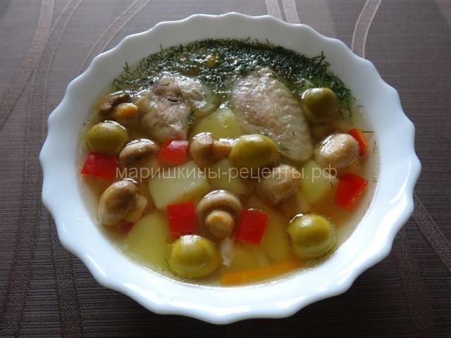 Итальянский суп с курицей и шампиньонами