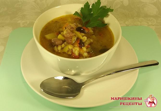 Вкусный суп из куриных желудков