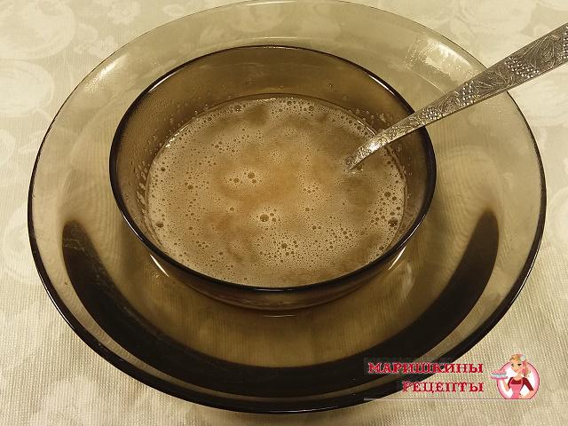 Растворяем желатин на водяной бане